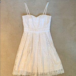 Lace White Dress w/ sweetheart neckline